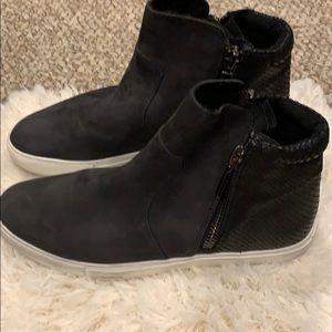 Kenneth Cole New York Kiera Nubuck Sneaker - Black